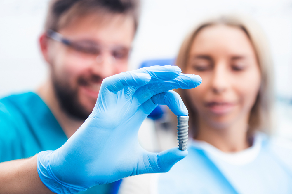 Dental implantology in Panama