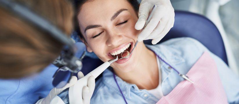 Beneficios de una limpieza dental en Panamá
